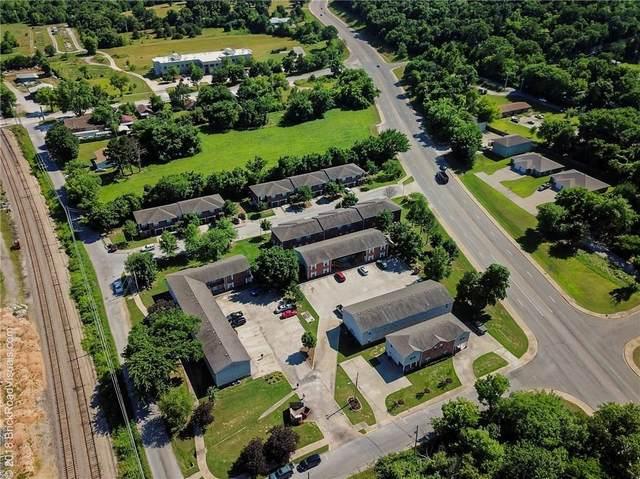 1425 W Sligo #6, Fayetteville, AR 72701 (MLS #1174392) :: McNaughton Real Estate