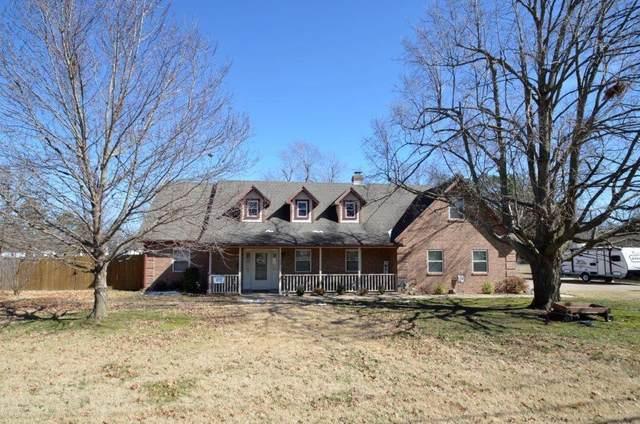 1123 N West End Street, Springdale, AR 72764 (MLS #1174822) :: McNaughton Real Estate