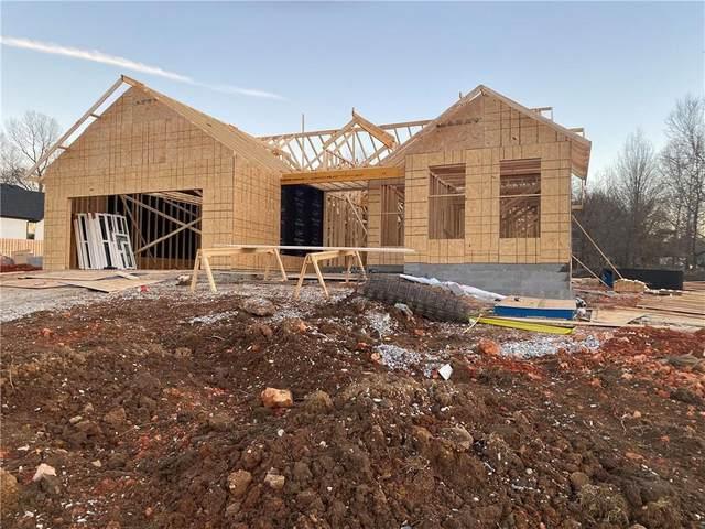 2797 Whippoorwill Lane, Fayetteville, AR 72701 (MLS #1174896) :: McNaughton Real Estate
