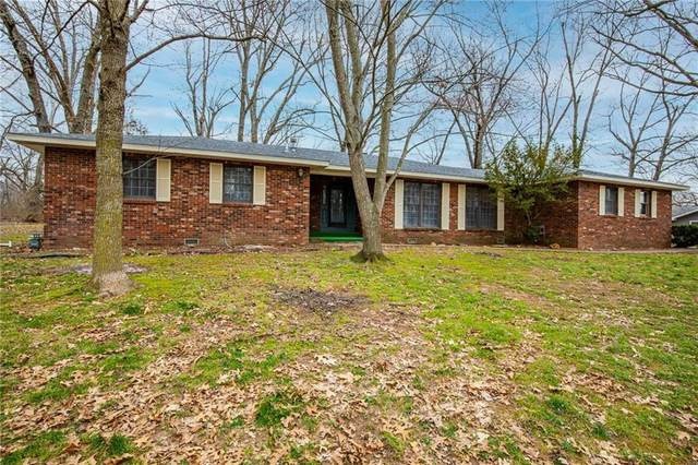 1401 Oak Street, Cassville, MO 65625 (MLS #1175388) :: Five Doors Network Northwest Arkansas