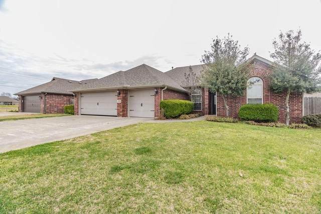 1040 W Walker Street, Centerton, AR 72719 (MLS #1179970) :: McNaughton Real Estate