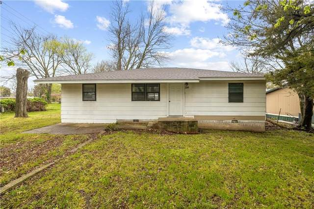 308 E Delaware Street, Westville, OK 74965 (MLS #1180498) :: NWA House Hunters | RE/MAX Real Estate Results