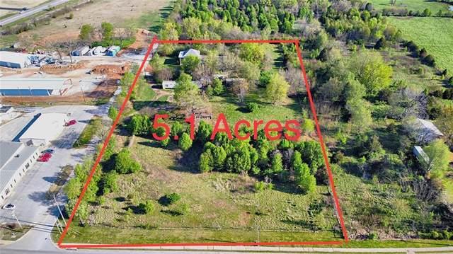 3941 S Honeysuckle Lane, Rogers, AR 72758 (MLS #1180512) :: McNaughton Real Estate