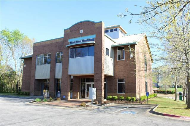2080 E Joyce Boulevard, Fayetteville, AR 72703 (MLS #1181056) :: Five Doors Network Northwest Arkansas