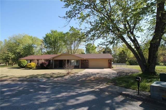 2640 E Sharon, Fayetteville, AR 72703 (MLS #1181148) :: Five Doors Network Northwest Arkansas