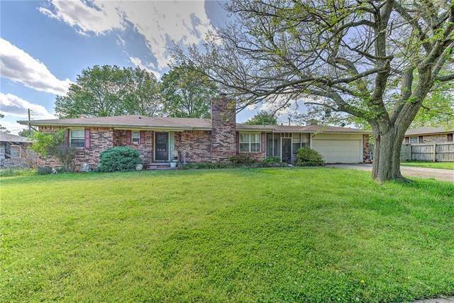 1834 S 11th Place, Rogers, AR 72756 (MLS #1183858) :: United Country Real Estate