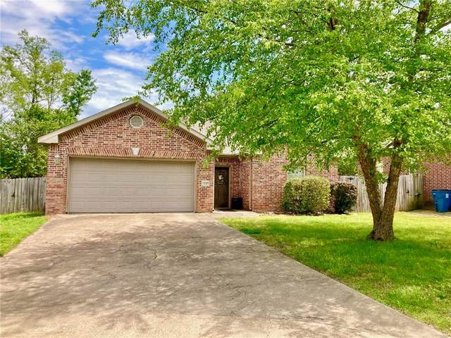 1105 Phoenix Street, Bentonville, AR 72712 (MLS #1184063) :: NWA House Hunters | RE/MAX Real Estate Results