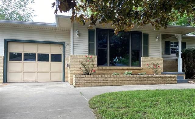 309 Crestview Drive, Bentonville, AR 72712 (MLS #1184407) :: Five Doors Network Northwest Arkansas