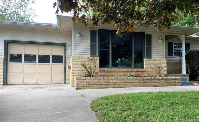 309 Crestview Drive, Bentonville, AR 72712 (MLS #1184407) :: Annette Gore Team | EXP Realty