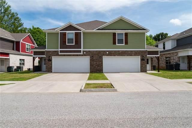 4131 & 4133 W Sardinia Way, Fayetteville, AR 72704 (MLS #1185936) :: McNaughton Real Estate