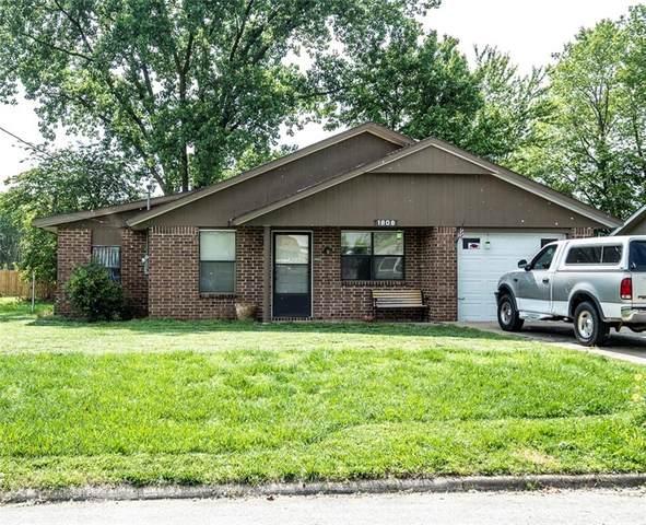 1808 D Street, Bentonville, AR 72712 (MLS #1187557) :: McNaughton Real Estate