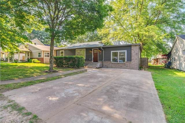 417 NW 7th Street, Bentonville, AR 72712 (MLS #1188470) :: McMullen Realty Group