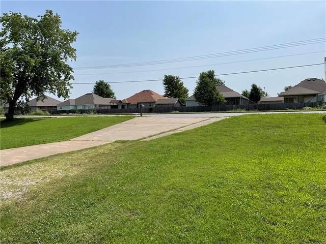 3100 1st Street, Rogers, AR 72758 (MLS #1191670) :: McNaughton Real Estate