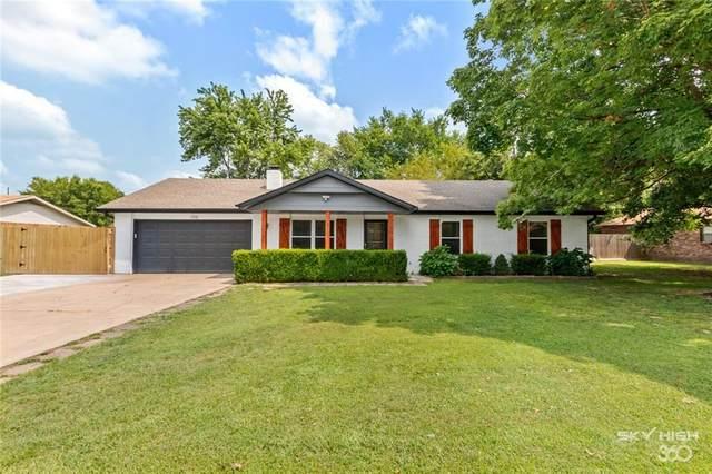 106 Wright Avenue, Springdale, AR 72764 (MLS #1192493) :: Five Doors Network Northwest Arkansas
