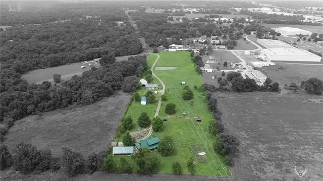 17482 Heavy Chevy Road, Siloam Springs, AR 72761 (MLS #1192638) :: McNaughton Real Estate