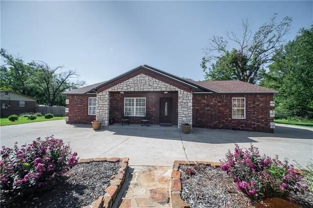 1610 W Olive Street, Rogers, AR 72756 (MLS #1195563) :: Five Doors Network Northwest Arkansas