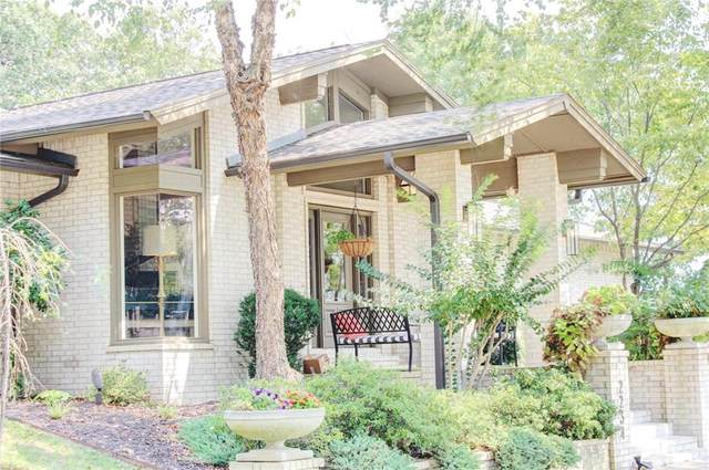 2234 E Whispering Oaks Lane, Fayetteville, AR 72701 (MLS #1197448) :: NWA House Hunters | RE/MAX Real Estate Results