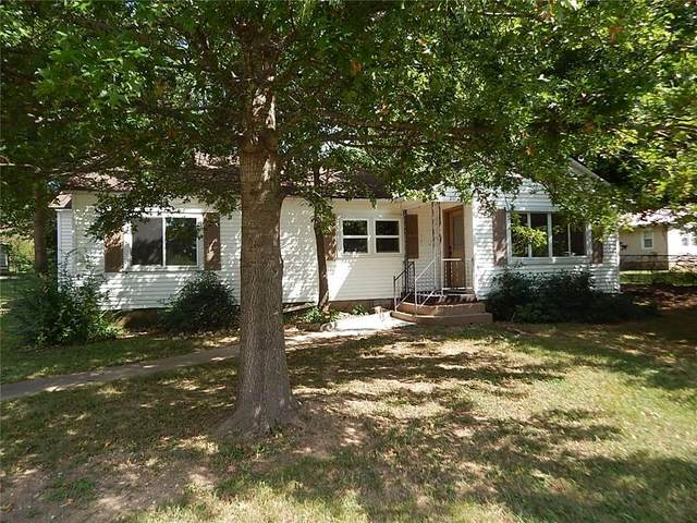 207 Phillips Street, Berryville, AR 72616 (MLS #1197559) :: NWA House Hunters   RE/MAX Real Estate Results