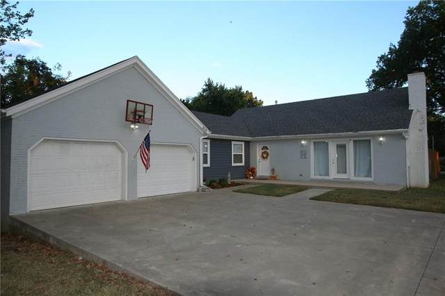 419 F Street, Rogers, AR 72756 (MLS #1198137) :: NWA House Hunters | RE/MAX Real Estate Results
