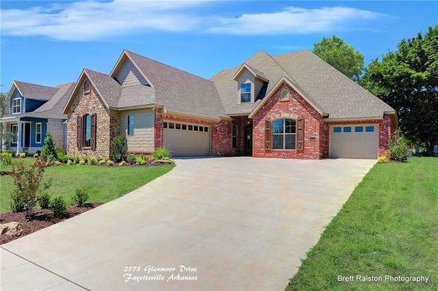 2573 N Glenmoor Drive, Fayetteville, AR 72701 (MLS #1198164) :: NWA House Hunters | RE/MAX Real Estate Results
