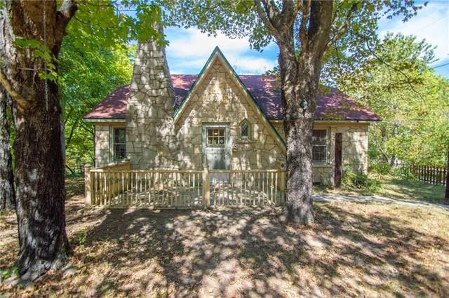 32 Nova Street, Eureka Springs, AR 72632 (MLS #1198825) :: Five Doors Network Northwest Arkansas