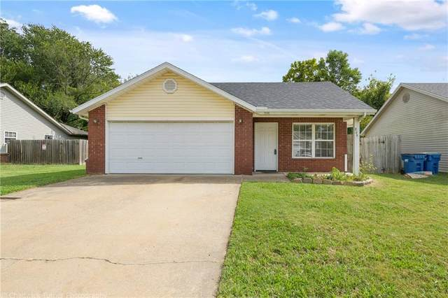 809 SE E Court, Bentonville, AR 72712 (MLS #1200619) :: NWA House Hunters | RE/MAX Real Estate Results