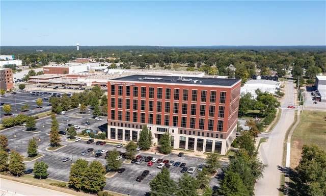 609 SW 8th Street, Bentonville, AR 72712 (MLS #1200683) :: McNaughton Real Estate