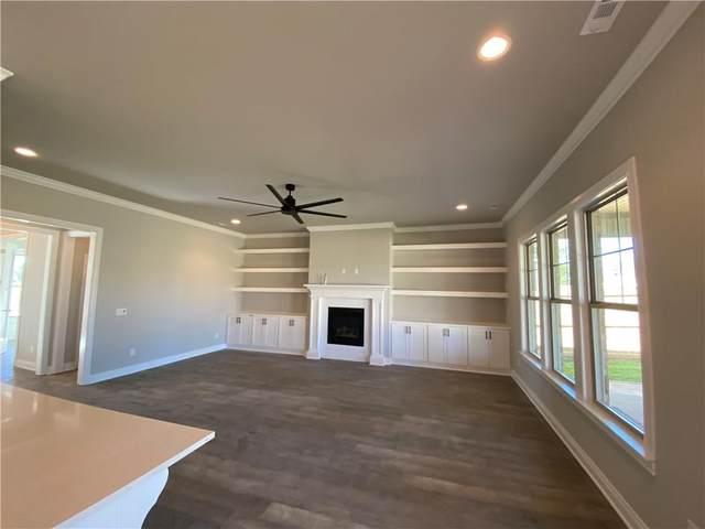 1004 SW Clarendon Avenue, Bentonville, AR 72713 (MLS #1201275) :: United Country Real Estate