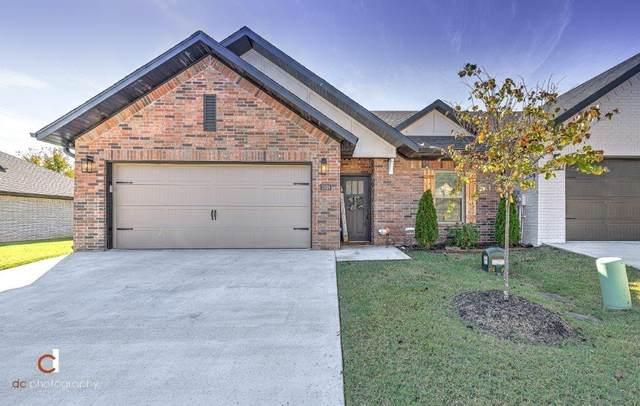 2816 W Persimmon Street, Rogers, AR 72756 (MLS #1201898) :: McNaughton Real Estate