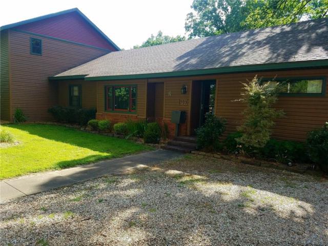 903 NW A Street, Bentonville, AR 72712 (MLS #1048783) :: McNaughton Real Estate
