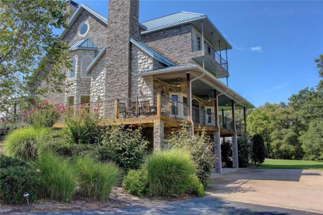 708 E Bowen Boulevard, Fayetteville, AR 72703 (MLS #1056834) :: McNaughton Real Estate