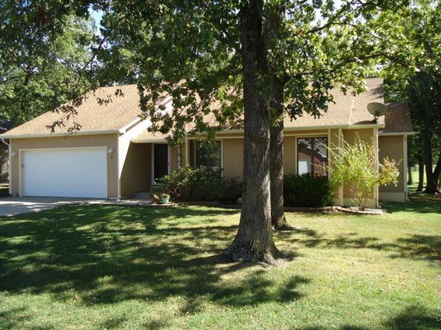 8 Hillcrest Drive, Holiday Island, AR 72631 (MLS #1060159) :: McNaughton Real Estate