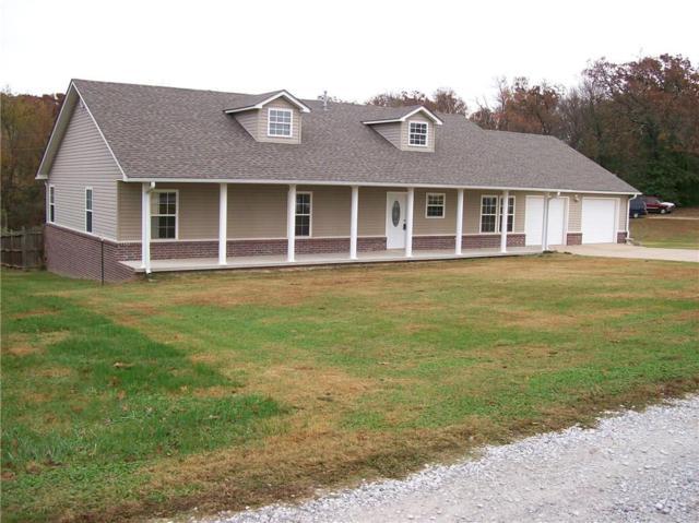 13562 Oak Park Drive, Siloam Springs, AR 72761 (MLS #1064895) :: McNaughton Real Estate