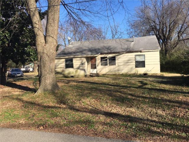 1029 S B Street, Rogers, AR 72756 (MLS #1066720) :: McNaughton Real Estate