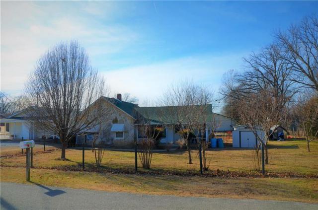405 Tulsa Street, Siloam Springs, AR 72761 (MLS #1075164) :: McNaughton Real Estate