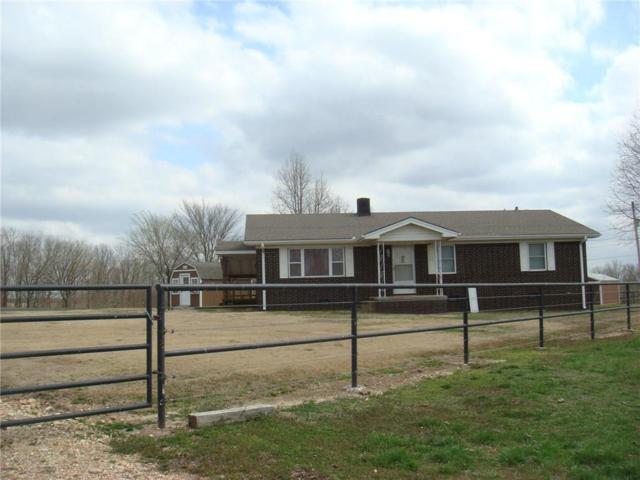895 S Maple Road, Colcord, OK 74338 (MLS #1076245) :: McNaughton Real Estate
