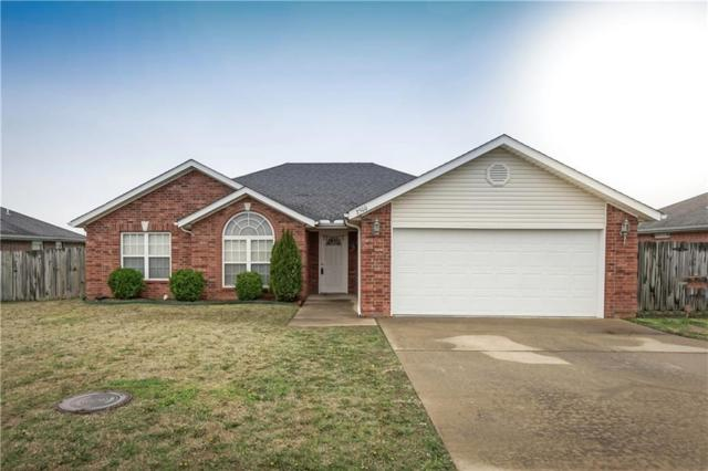 2500 SW 19th Street, Bentonville, AR 72712 (MLS #1077037) :: McNaughton Real Estate