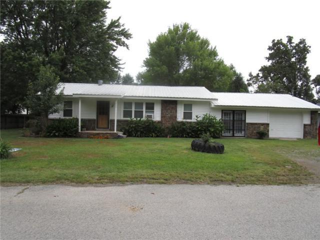 409 Huenefeld  St, Lincoln, AR 72744 (MLS #1087519) :: McNaughton Real Estate
