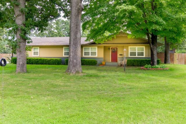1024 West End  St, Springdale, AR 72764 (MLS #1087782) :: McNaughton Real Estate