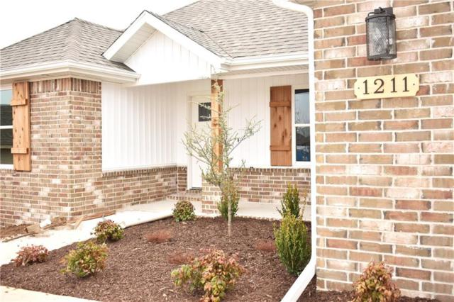 1211 Arkansas  St, Prairie Grove, AR 72753 (MLS #1104327) :: McNaughton Real Estate