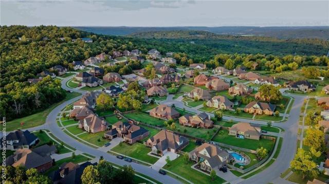 2992 E Pebblestone Drive, Fayetteville, AR 72701 (MLS #1107150) :: Jessica Yankey | RE/MAX Real Estate Results