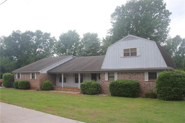 206 S Dogwood  St, Siloam Springs, AR 72761 (MLS #1107918) :: HergGroup Arkansas