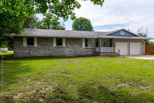 301 E Harris  St, Pea Ridge, AR 72751 (MLS #1123334) :: HergGroup Arkansas