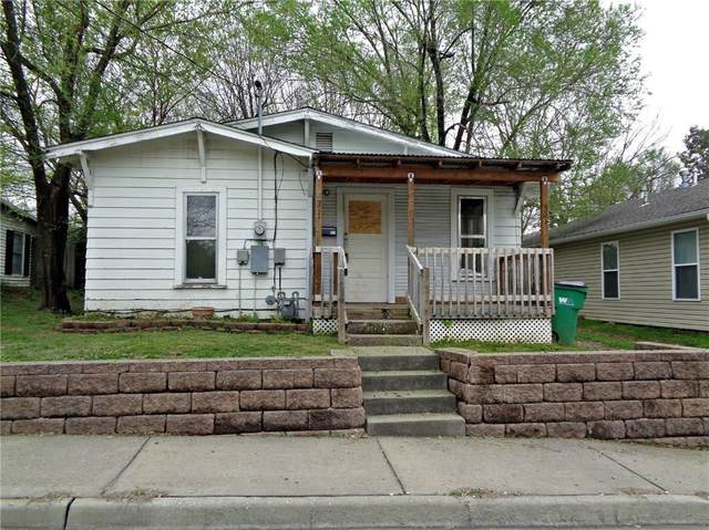 521 Mill Street, Springdale, AR 72764 (MLS #1138475) :: Annette Gore Team | RE/MAX Real Estate Results