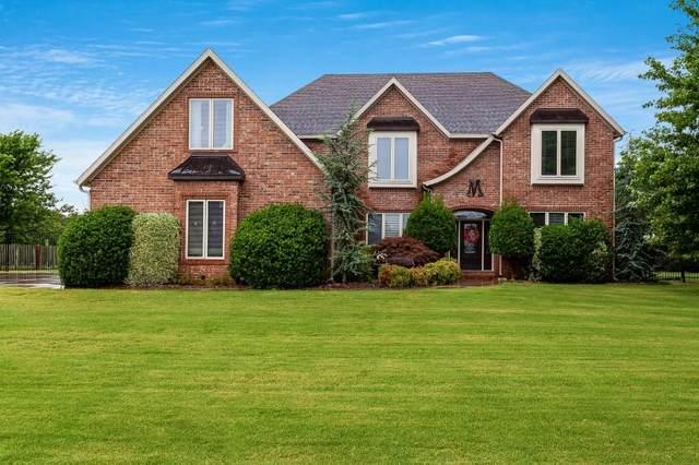 11185 W Stonebriar Drive, Bentonville, AR 72712 (MLS #1140967) :: McNaughton Real Estate