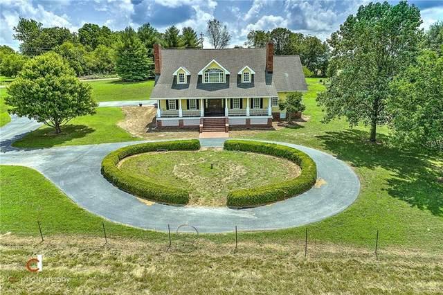 19627 Davis Ford Road, Springdale, AR 72764 (MLS #1154794) :: McNaughton Real Estate