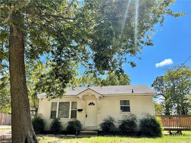 918 W Maple Street, Rogers, AR 72756 (MLS #1198037) :: NWA House Hunters | RE/MAX Real Estate Results