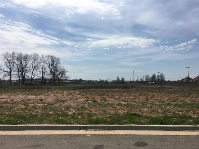 1900 SW Nottingham Avenue, Bentonville, AR 72712 (MLS #1045492) :: McNaughton Real Estate