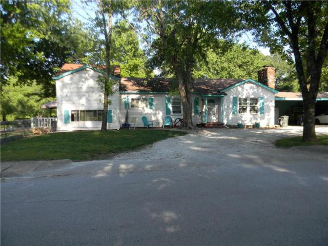 1320 - 1330 S. Duncan Avenue, Fayetteville, AR 72701 (MLS #1048633) :: McNaughton Real Estate