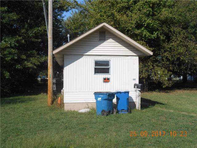702 SE Se A  St, Bentonville, AR 72712 (MLS #1059942) :: McNaughton Real Estate
